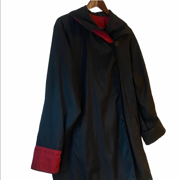 Mycra Pac Red and Black Reversible Coat, Sz M/L